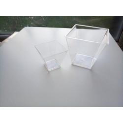 Склянка пластикова піраміда...